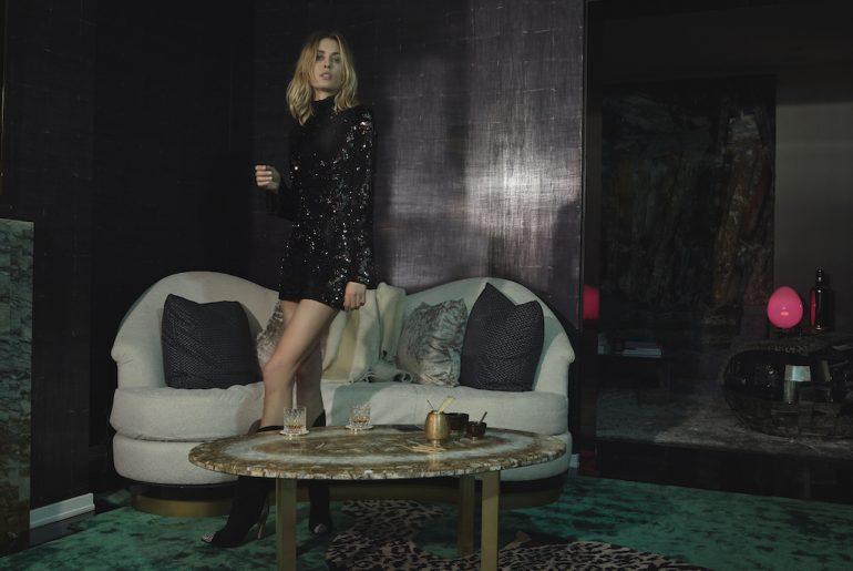 kadın payetli gece elbisesi