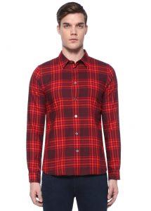 erkek kırmızı oduncu gömlek